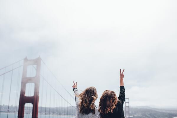 golden-gate-bridge-1030999_1920